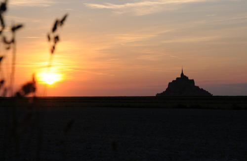 8 allée Clemenceau, 50530 St-Jean-le-Thomas, Normandy.