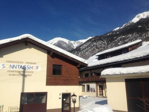 Sonntagshof Ferienwohnungen Apartments - Accommodation - Förolach