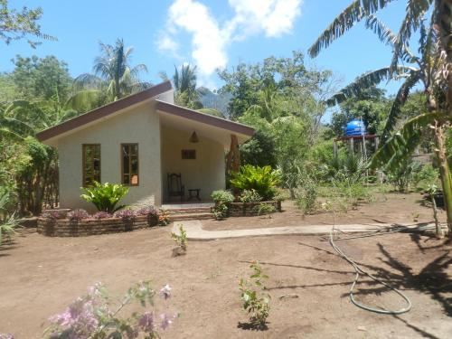 Deluxe Bungalow with Garden View