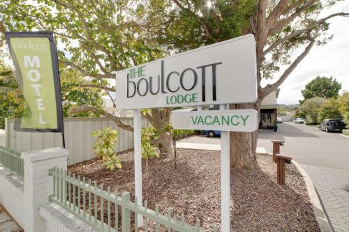 Boulcott Lodge - Accommodation - Lower Hutt