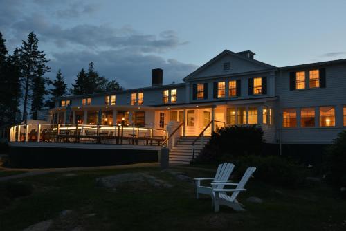 Newagen Seaside Inn - West Southport, ME 04576