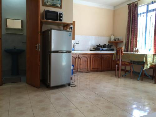 Pereybere Beach Apartments - image 11