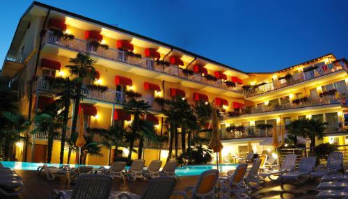 . Hotel Capri