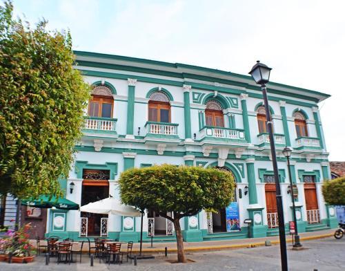 . Hotel Dario Granada