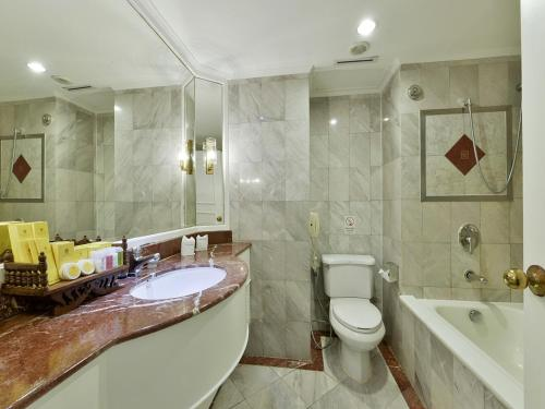 Hotel Windsor Suites & Convention Sukhumvit 20 photo 10