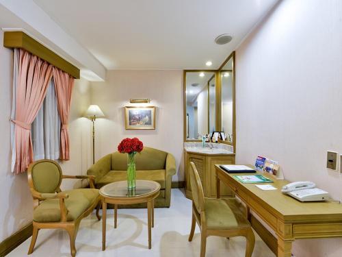Hotel Windsor Suites & Convention Sukhumvit 20 photo 11