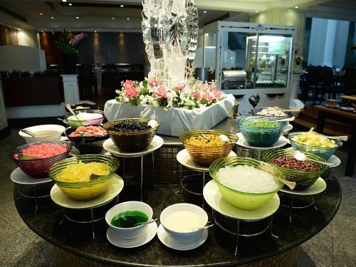 Hotel Windsor Suites & Convention Sukhumvit 20 photo 21