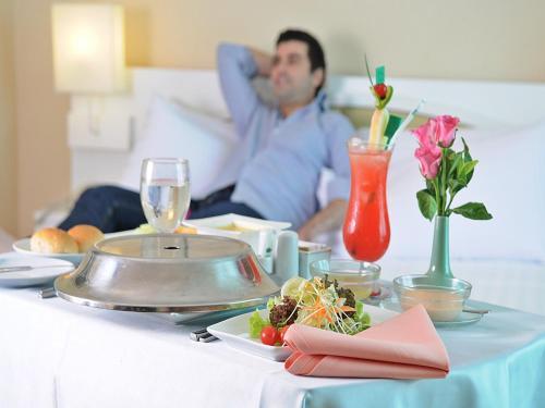 Hotel Windsor Suites & Convention Sukhumvit 20 photo 39