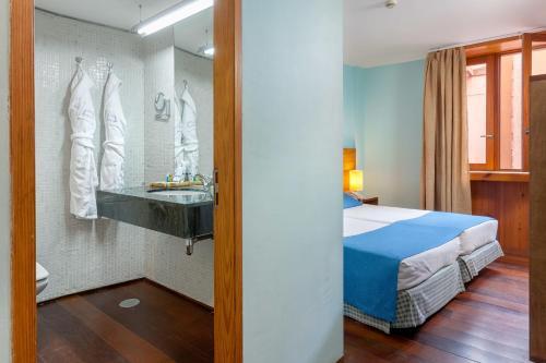 Hotel La Quinta Roja THe Senses Collection room photos