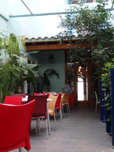 Parrots Sitges Hotel photo 20
