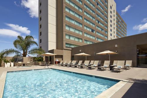 Hilton San Diego Mission Valley Hotel in CA