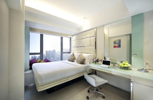 iclub Sheung Wan Hotel Номер «Премьер iSelect» с кроватью размера «queen-size»