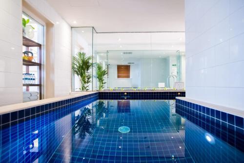 Milestone Hotel Kensington photo 47