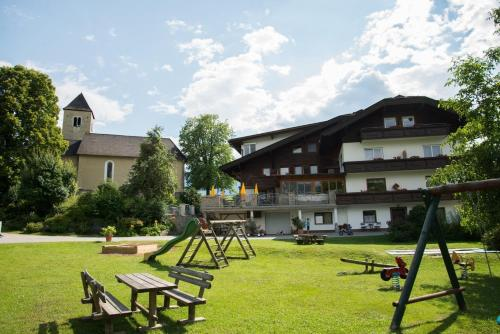 Familiengasthof St. Wolfgang - Accommodation - Spittal an der Drau