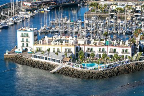 Urbanización Puerto de Mogán, s/n, 35138 La Playa de Mogán, Las Palmas, Spain.