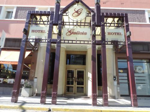 . Hotel Galicia
