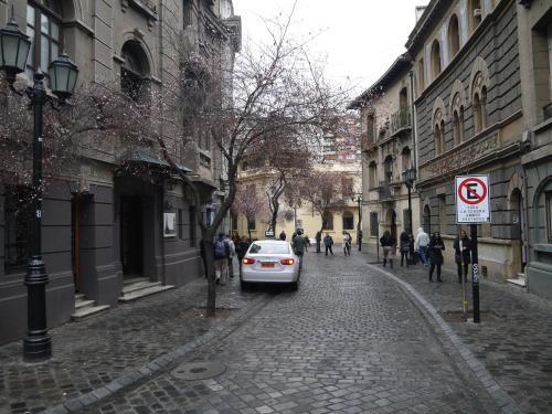 Londres 54, Santiago City Centre, 8330133 Santiago, Chile.
