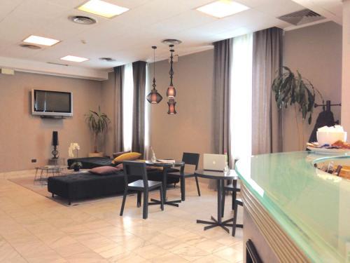 Hotel Ristorante Cervo Malpensa - Case Nuove