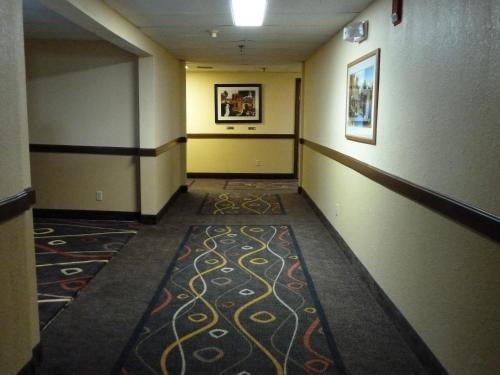 Katahdin Inn & Suites - Millinocket, ME 04462