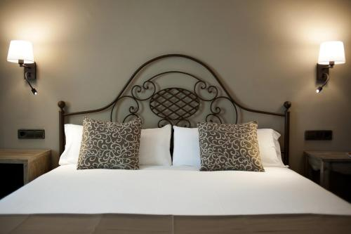 Doppel-/ Zweibettzimmer mit Straßenblick Hotel Diana 4