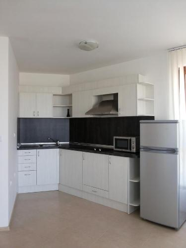Apartament cu 2 dormitoare 101 (Two-Bedroom Apartment 101)