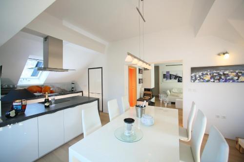 De luxe Apartment GOLOB Kranjska Gora - Hotel