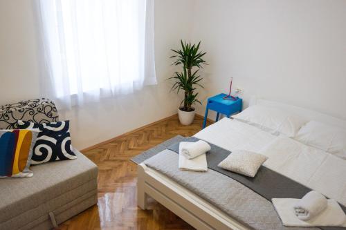 . Apartment Basioli