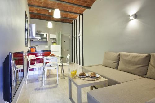 Ding Dong Fira Apartments photo 5