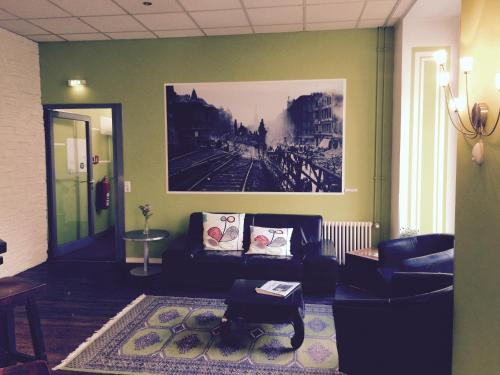 Hotel 103 photo 14