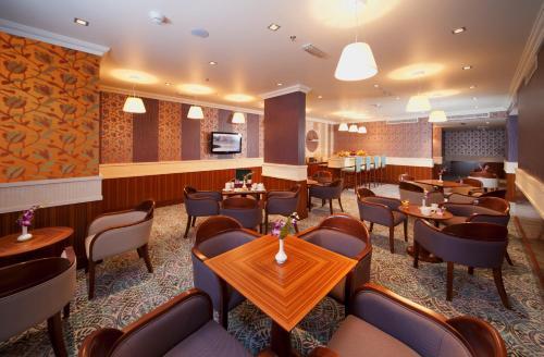 City Seasons Al Hamra Hotel photo 9
