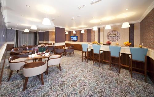 City Seasons Al Hamra Hotel photo 31