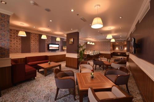 City Seasons Al Hamra Hotel photo 11