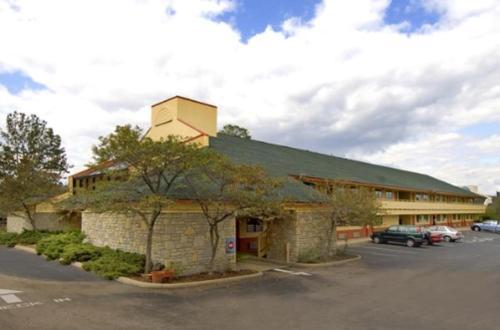Americas Best Value Inn-Florence/Cincinnati - Florence, KY 41042