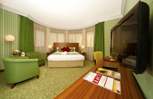 City Seasons Al Hamra Hotel photo 36
