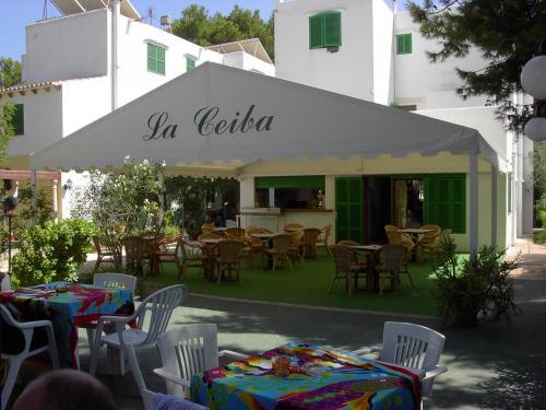 Hostal La Ceiba