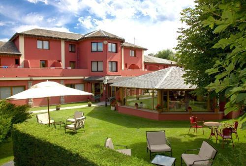 . Hotel Del Lago