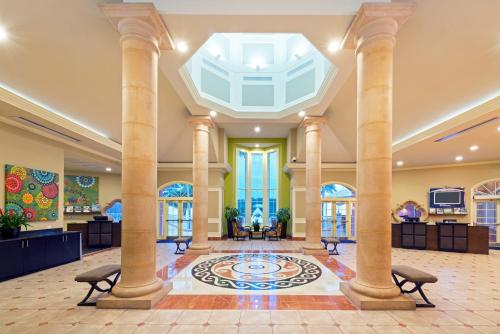 Hilton Grand Vacations at SeaWorld photo 12