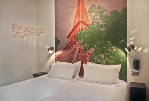 Hotel Alpha Paris Tour Eiffel by Patrick Hayat photo 9
