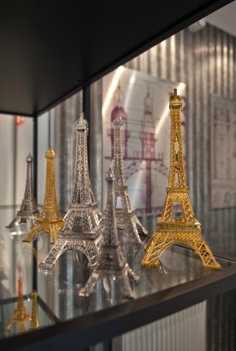 Hotel Alpha Paris Tour Eiffel by Patrick Hayat photo 15