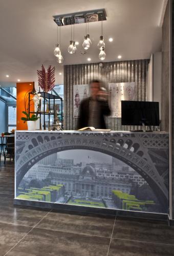 Hotel Alpha Paris Tour Eiffel by Patrick Hayat photo 22