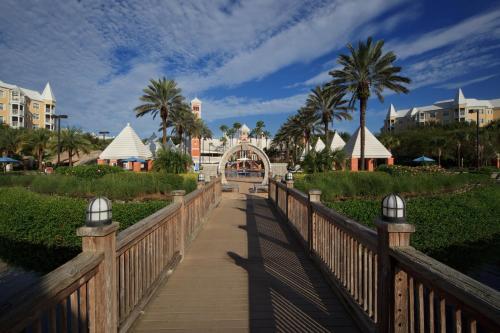 Hilton Grand Vacations at SeaWorld photo 15