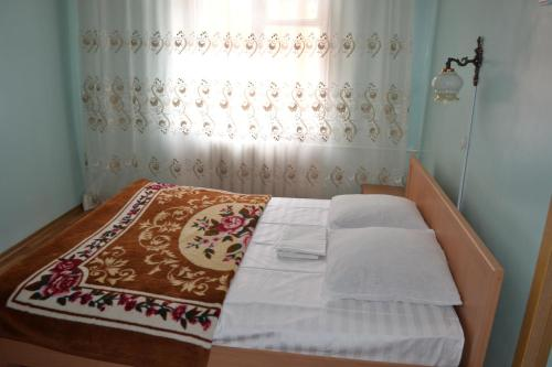 Cameră twin cu pat suplimentar (Twin Room with Extra Bed)