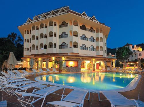 Icmeler Fortuna Beach Hotel tek gece fiyat