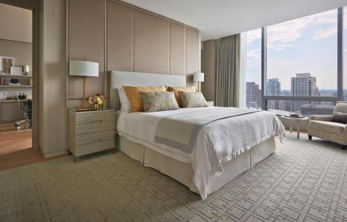 Four Seasons Hotel Toronto at Yorkville Photo 19