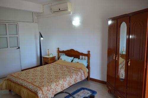 Paradisia Holiday Inn room photos