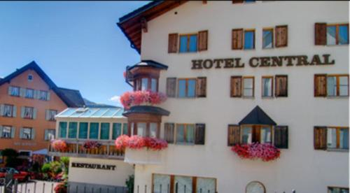Hotel Central - Obersaxen