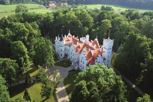 . Pałac Sulisław