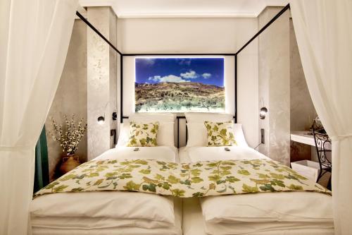 Suite with Balcony-Sierra de Carrasqueta Boutique Hotel Sierra de Alicante 12