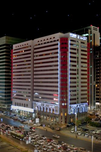 City Seasons Al Hamra Hotel impression