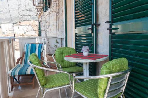 Apartments Kalalarga Deluxe, Pension in Makarska